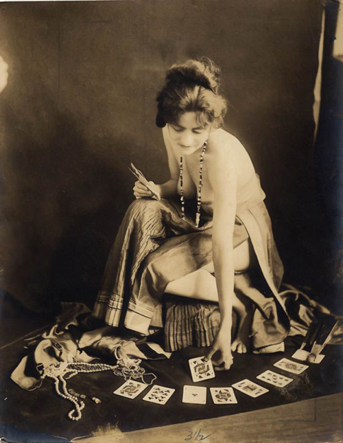 Attic Cartomancy - Woman and playing cards