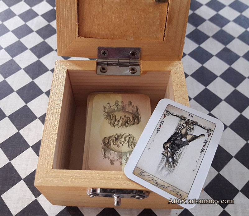 Attic Cartomancy - Custom Box